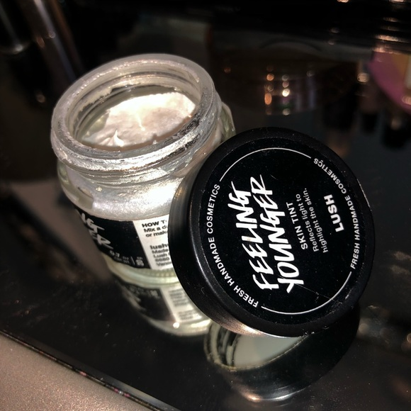 Lush Other - Lush Feeling Younger Highlighter